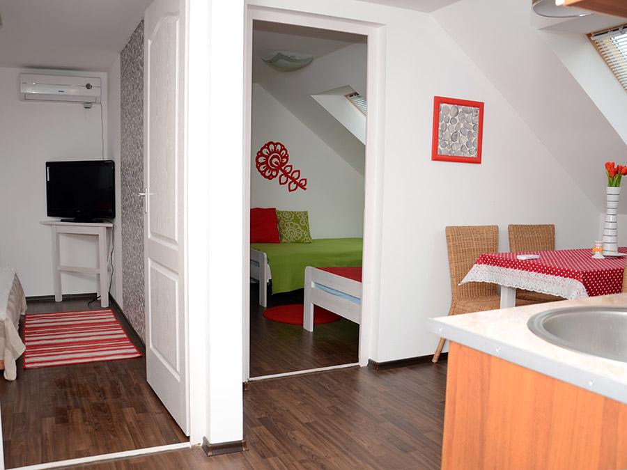 Borostyán apartmanok - Zsálya apartman 3