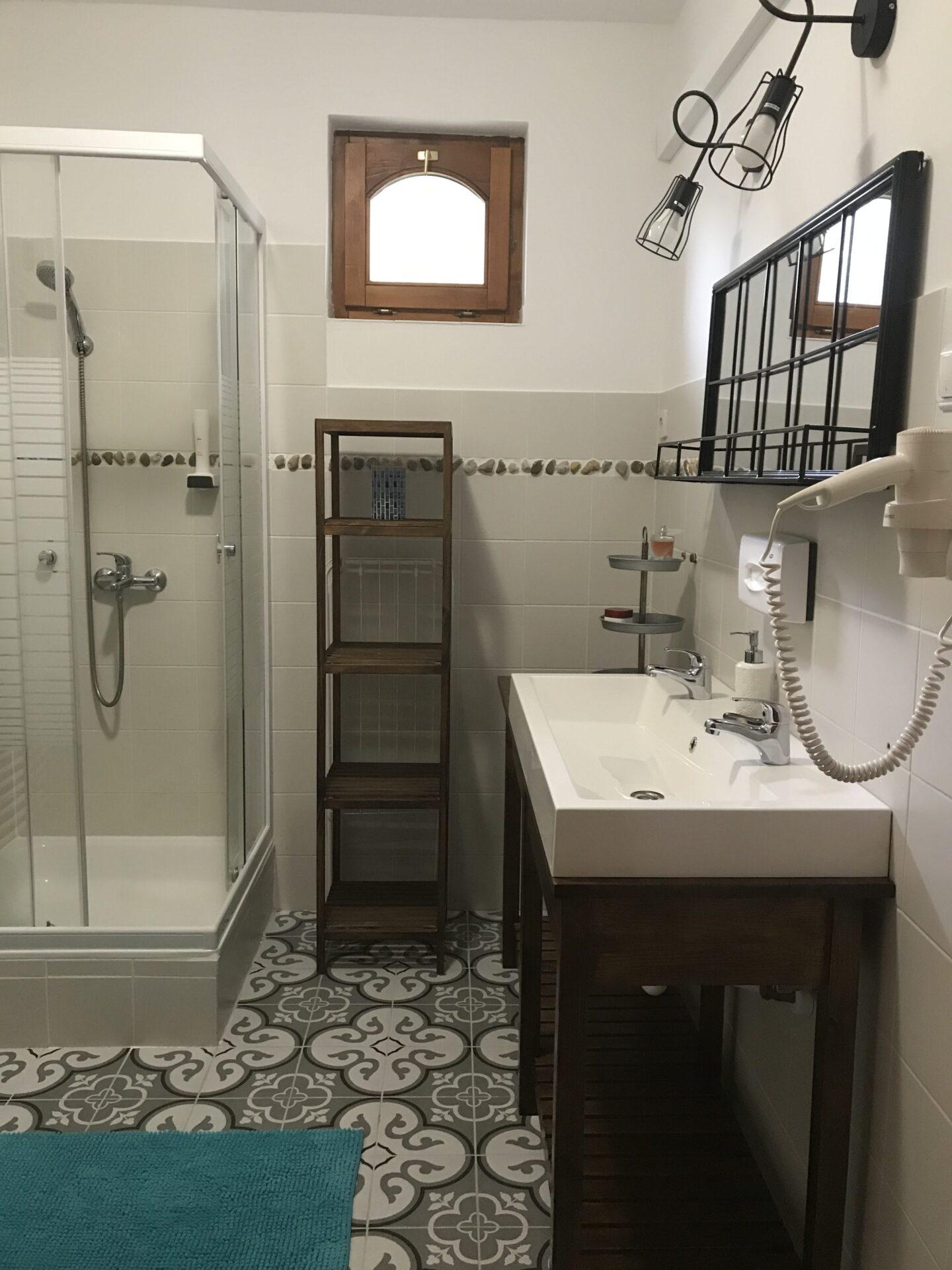 Vidra fürdőszoba