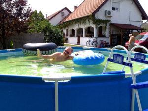 Borostyán medence 2
