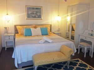 Borostyán apartmanok Tündérrózsa szoba 1