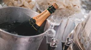 Borostyán apartman pezsgő bekészítés